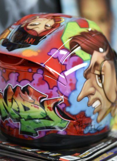 25. Graff helmet