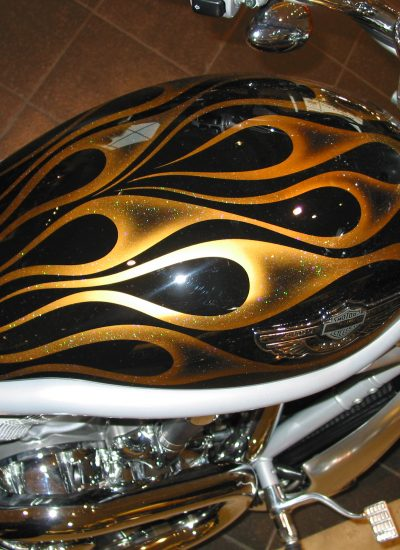 31. Gold pearl flames