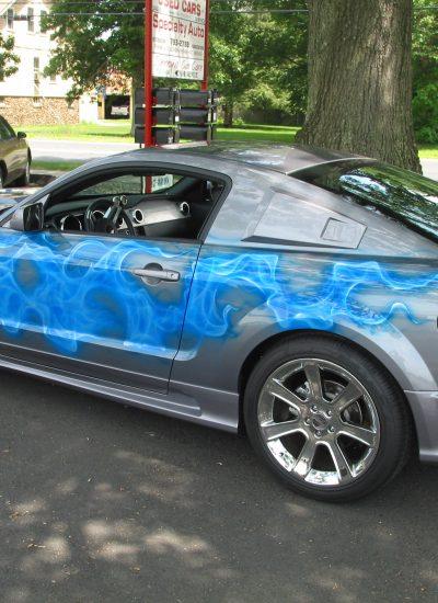71. Saleen Mustang flames