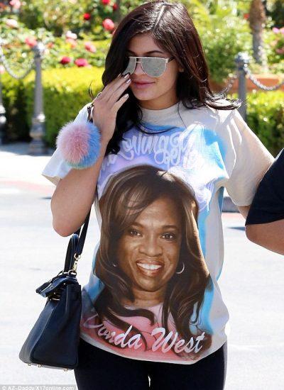Kylie Jenner sporting tribute art